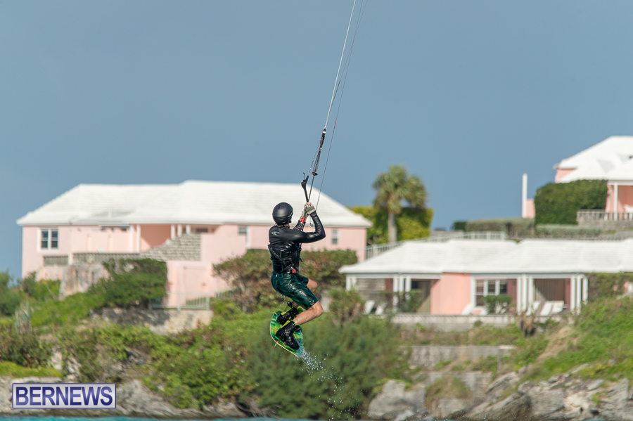 Bermuda-Kite-Surfers-2014-Dec-8