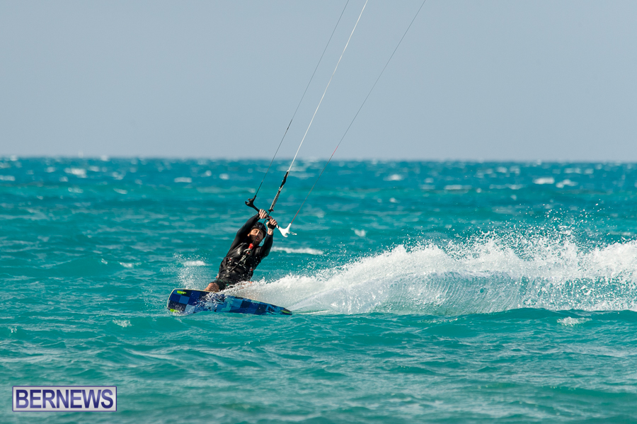 Bermuda-Kite-Surfers-2014-Dec-9