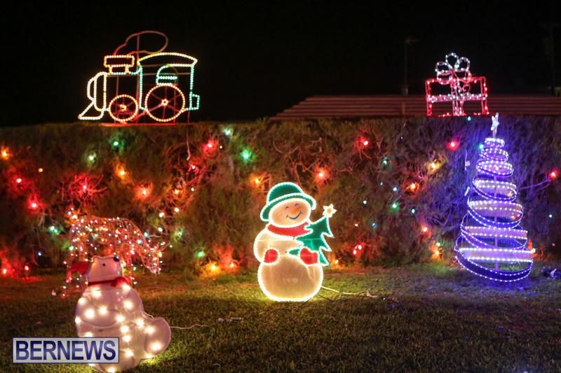 Christmas-Lights-Decorations-Bermuda-December-20-2014-111