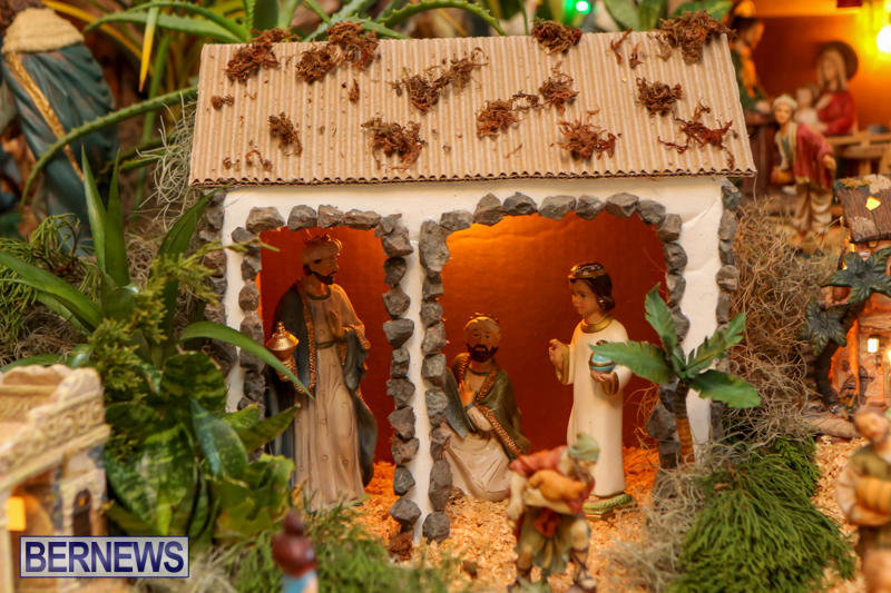 Portuguese-Presépio-Nativity-Scene-Isabel-Almeida-Bermuda-December-23-2014-17