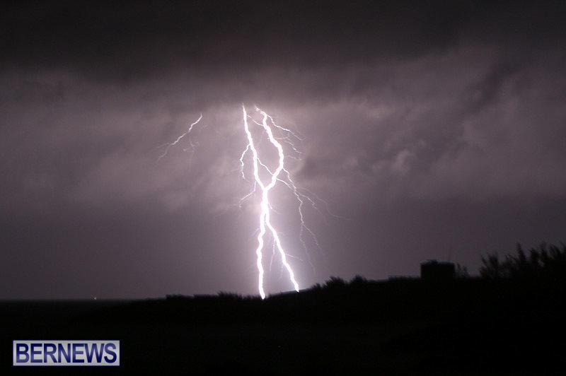 Bermuda-Lightning-January-26-2015-10