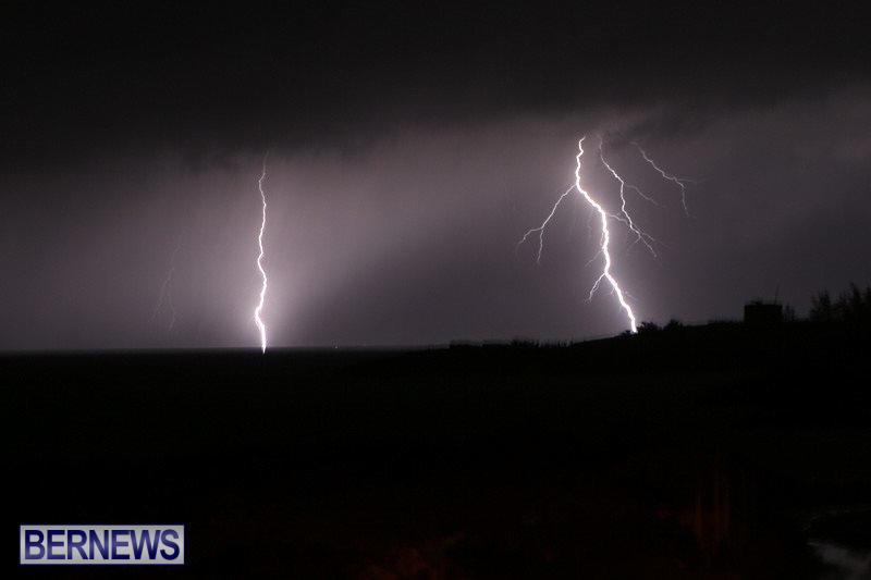 Bermuda-Lightning-January-26-2015-13
