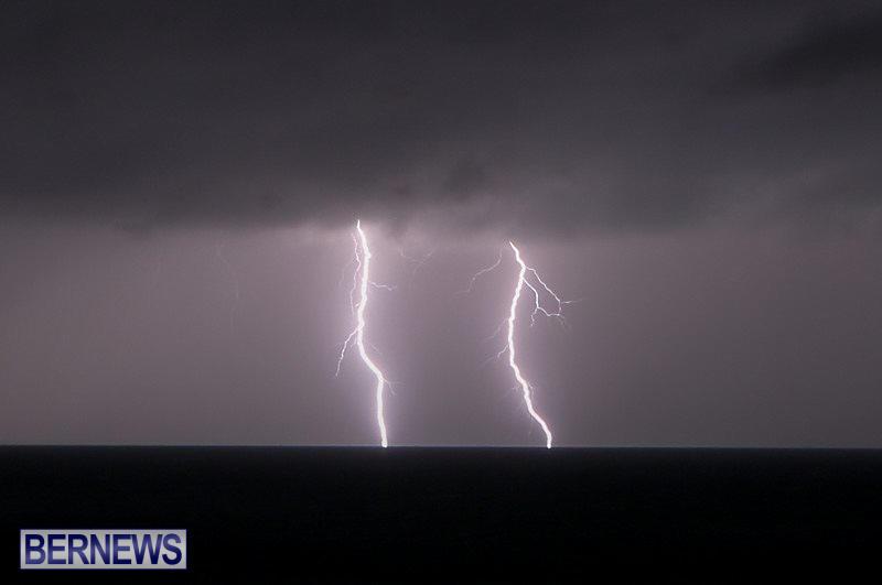 Bermuda-Lightning-January-26-2015-3