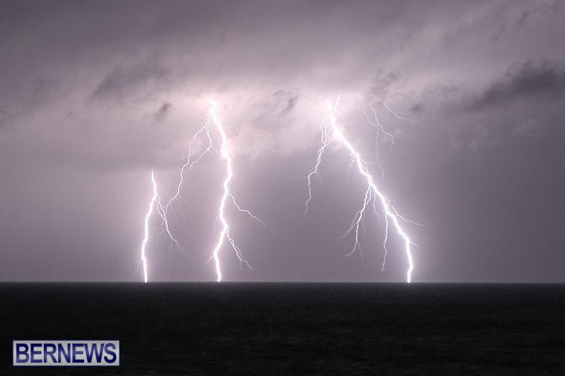 Bermuda-Lightning-January-26-2015-4