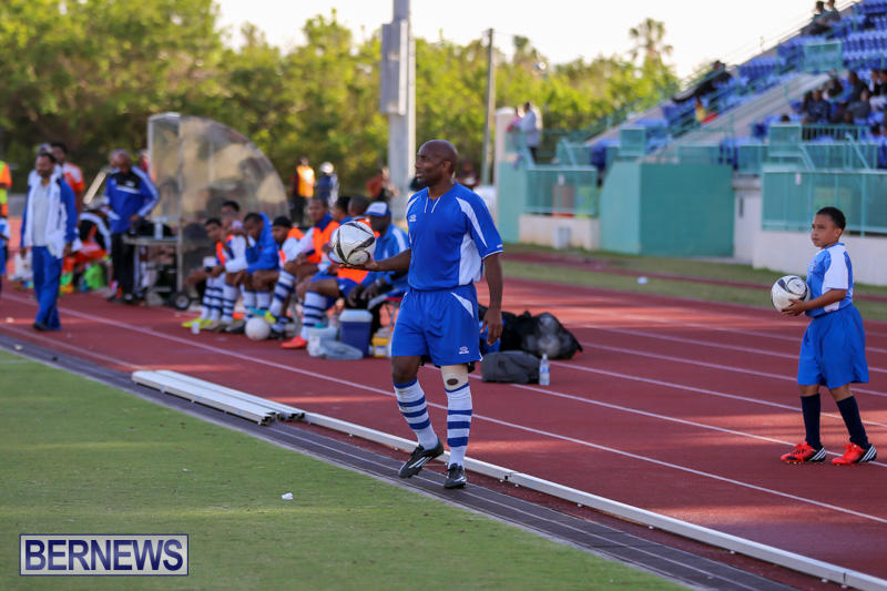 Devonshire-Colts-vs-Young-Men-Social-Club-Bermuda-January-1-2015-4