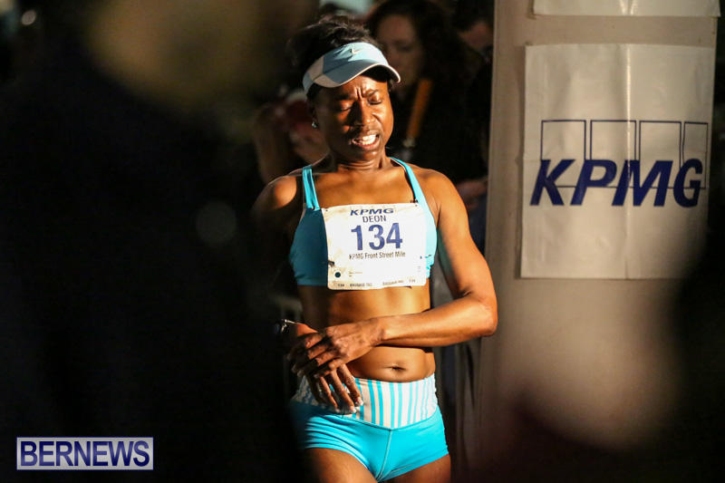 KPMG-Front-Street-Mile-Bermuda-January-16-2015-38