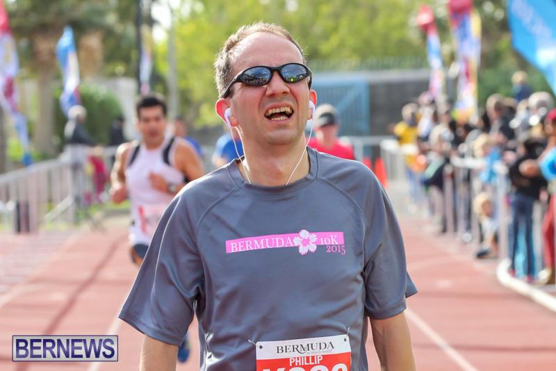 Race-Weekend-10K-Finish-Line-Bermuda-January-17-2015-105