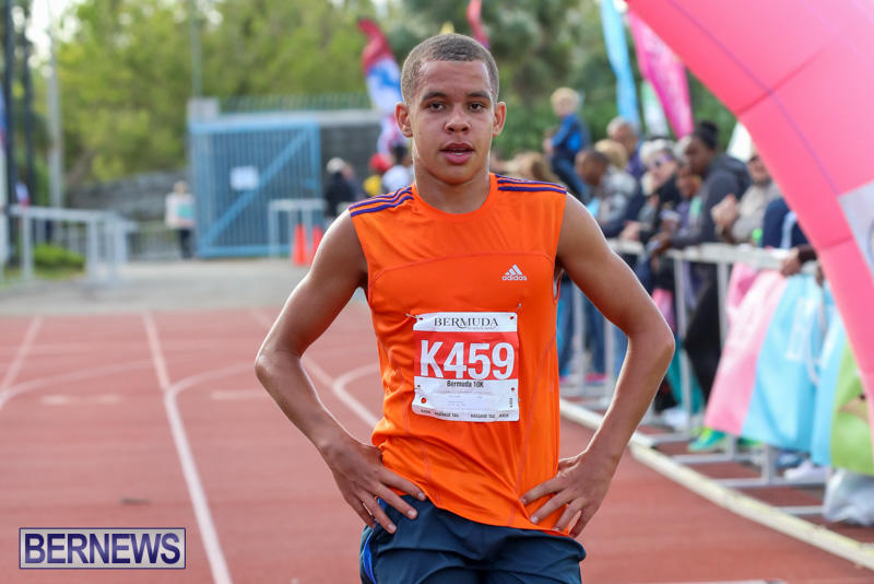 Race-Weekend-10K-Finish-Line-Bermuda-January-17-2015-12
