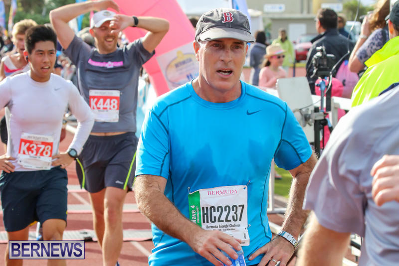 Race-Weekend-10K-Finish-Line-Bermuda-January-17-2015-120