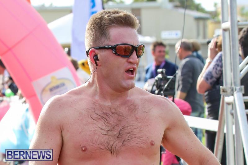 Race-Weekend-10K-Finish-Line-Bermuda-January-17-2015-130