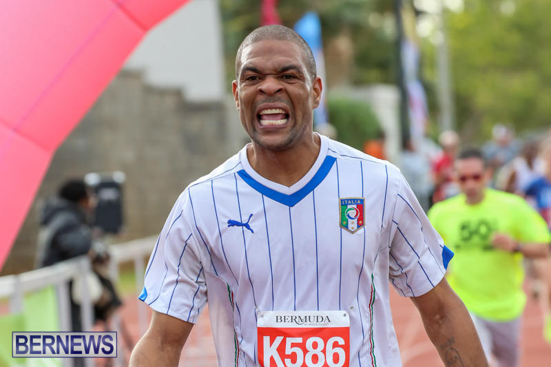 Race-Weekend-10K-Finish-Line-Bermuda-January-17-2015-148