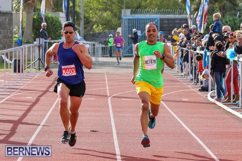 Race-Weekend-10K-Finish-Line-Bermuda-January-17-2015-37