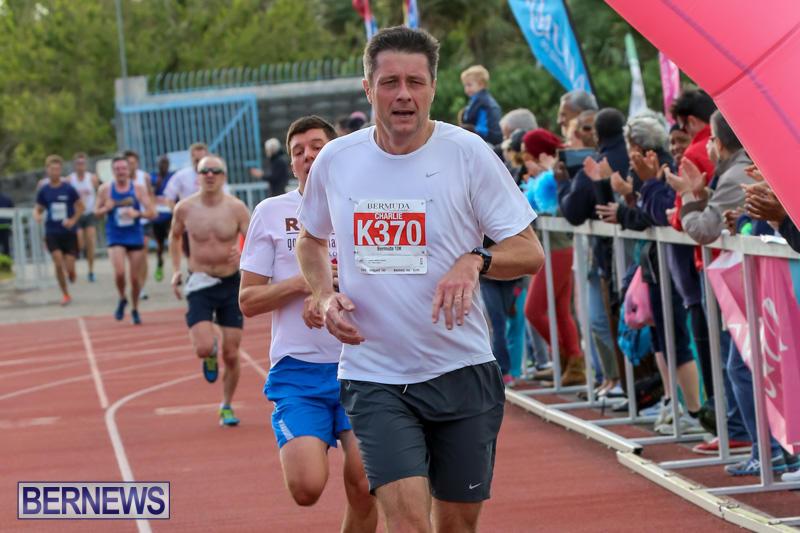 Race-Weekend-10K-Finish-Line-Bermuda-January-17-2015-57