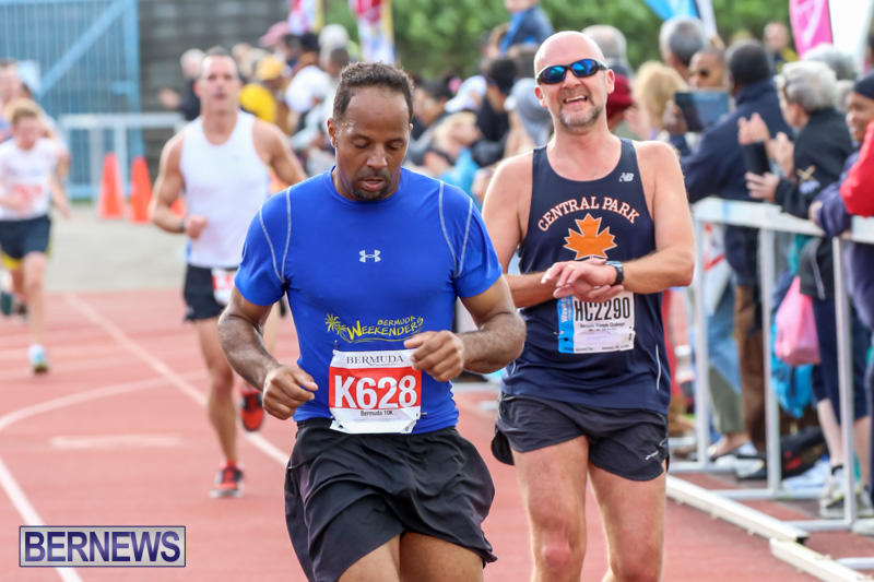 Race-Weekend-10K-Finish-Line-Bermuda-January-17-2015-69