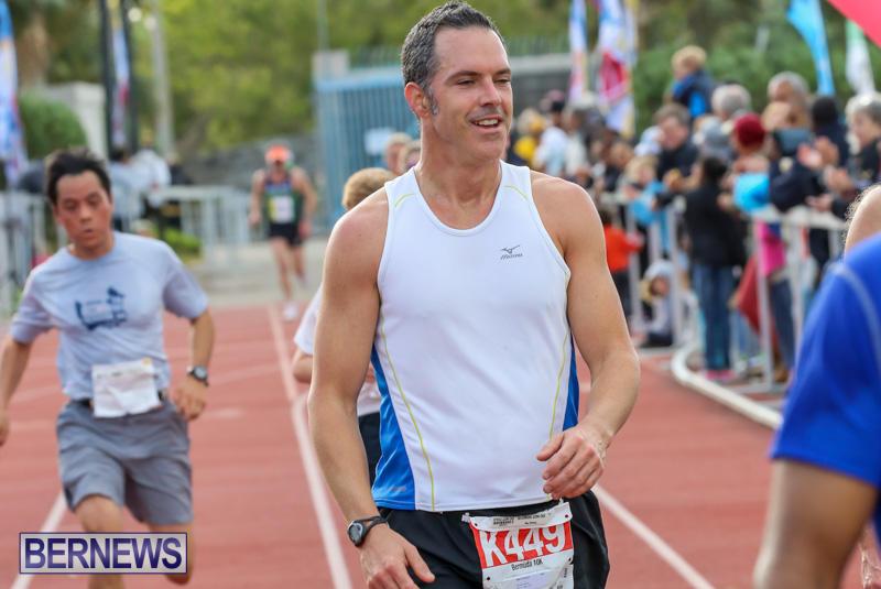 Race-Weekend-10K-Finish-Line-Bermuda-January-17-2015-71