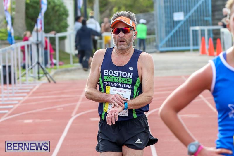 Race-Weekend-10K-Finish-Line-Bermuda-January-17-2015-76