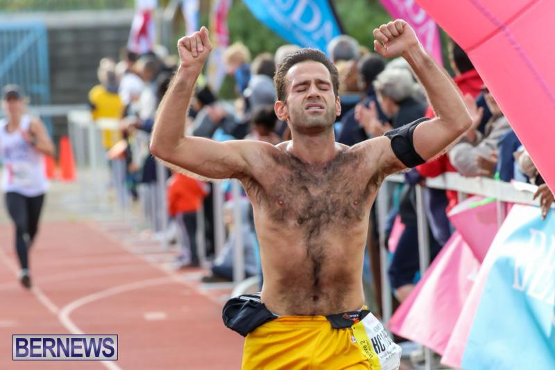 Race-Weekend-10K-Finish-Line-Bermuda-January-17-2015-78