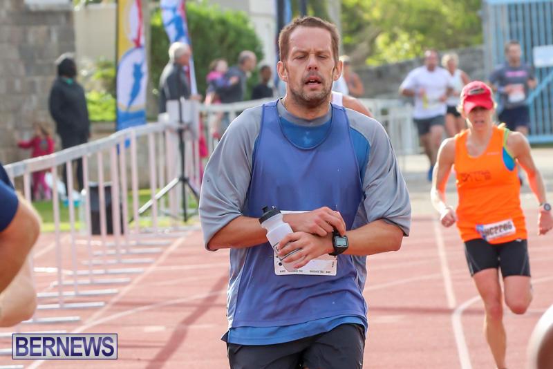 Race-Weekend-10K-Finish-Line-Bermuda-January-17-2015-90