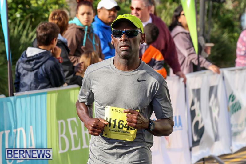 Race-Weekend-Marathon-Finish-Line-Bermuda-January-18-2015-102