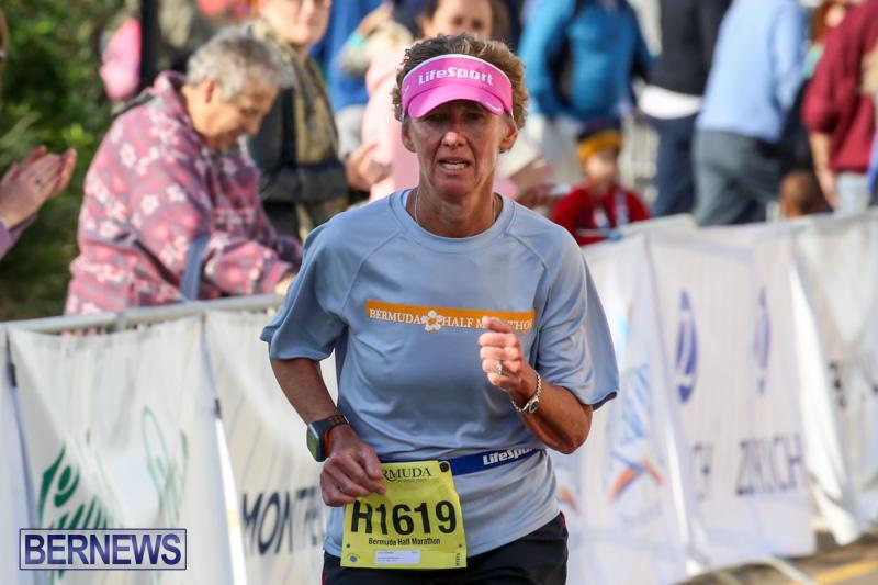 Race-Weekend-Marathon-Finish-Line-Bermuda-January-18-2015-108