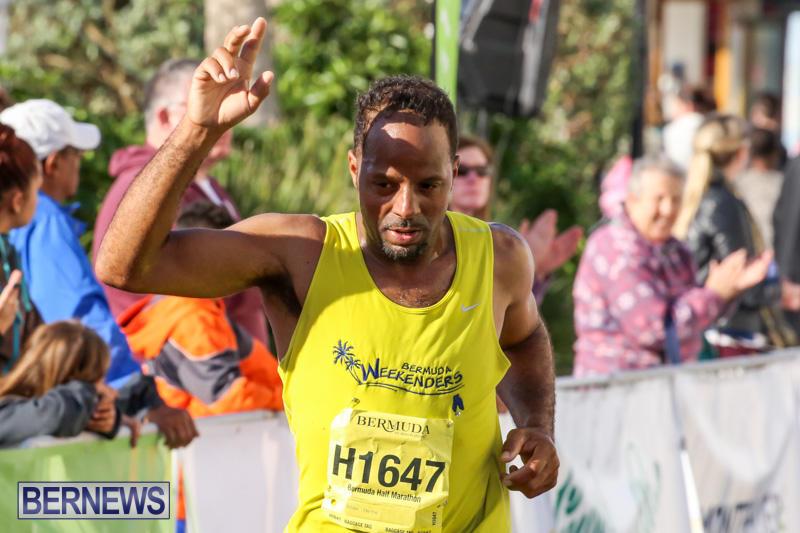 Race-Weekend-Marathon-Finish-Line-Bermuda-January-18-2015-126