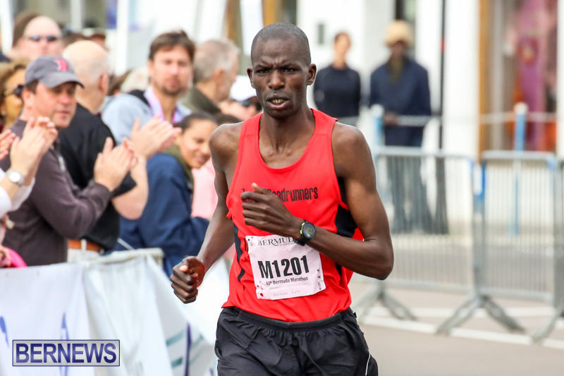 Race-Weekend-Marathon-Finish-Line-Bermuda-January-18-2015-141