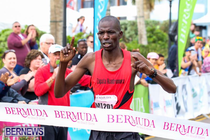 Race-Weekend-Marathon-Finish-Line-Bermuda-January-18-2015-144
