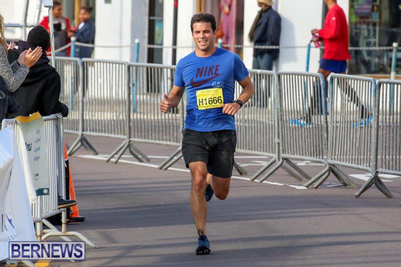 Race-Weekend-Marathon-Finish-Line-Bermuda-January-18-2015-37
