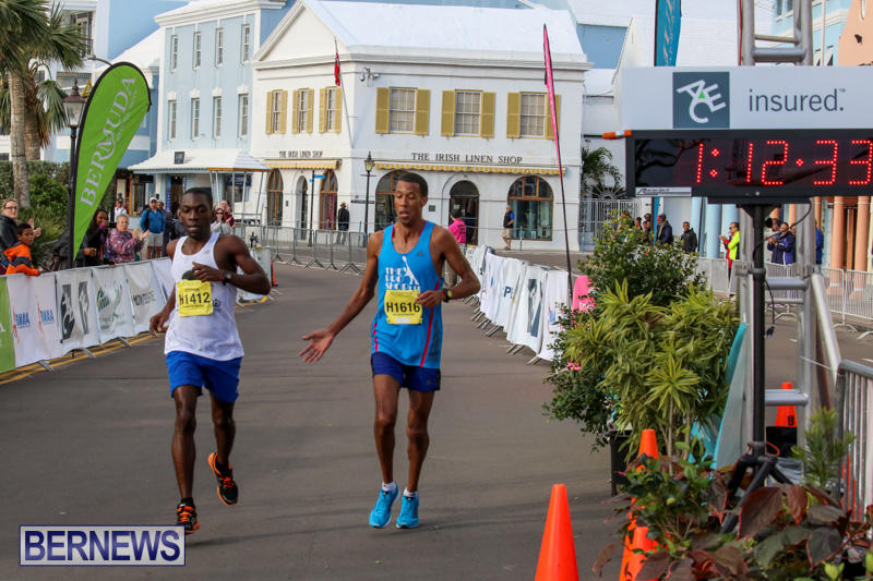 Race-Weekend-Marathon-Finish-Line-Bermuda-January-18-2015-7
