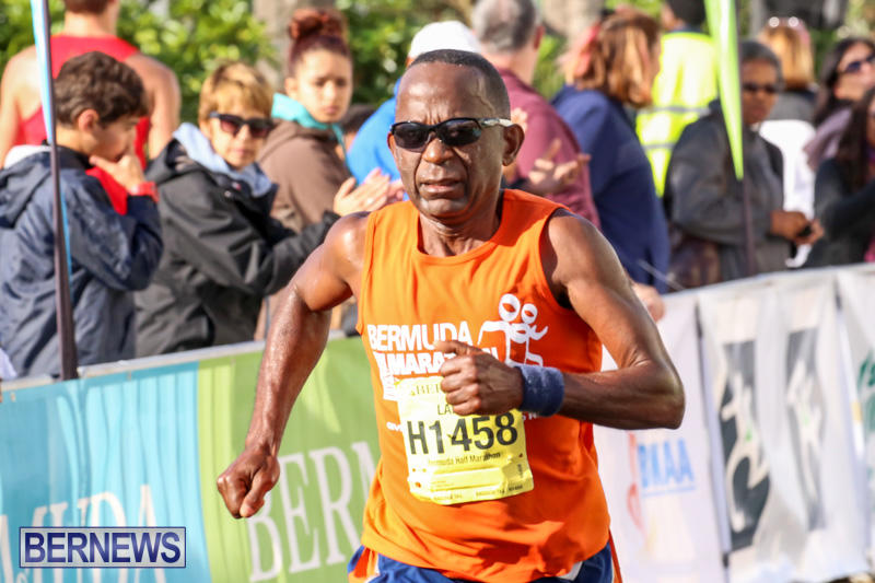 Race-Weekend-Marathon-Finish-Line-Bermuda-January-18-2015-89