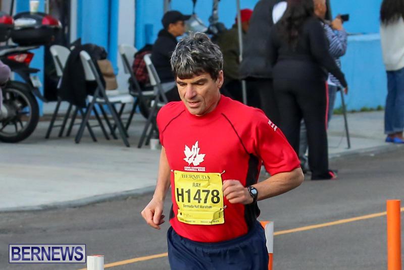 Race-Weekend-Marathon-Start-Bermuda-January-18-2015-36
