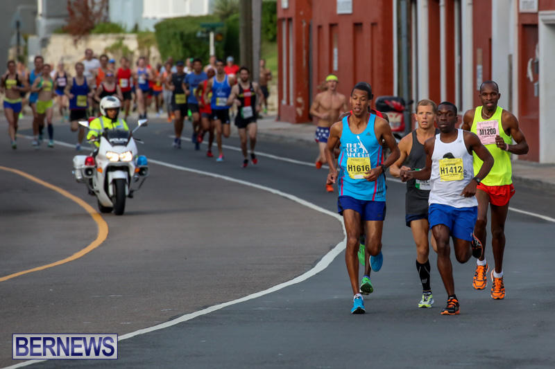 Race-Weekend-Marathon-Start-Bermuda-January-18-2015-4