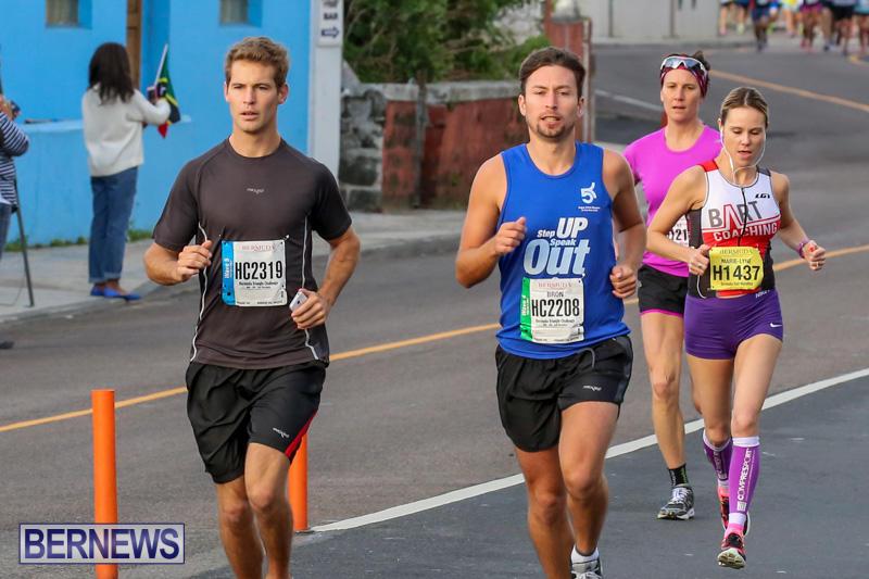 Race-Weekend-Marathon-Start-Bermuda-January-18-2015-43