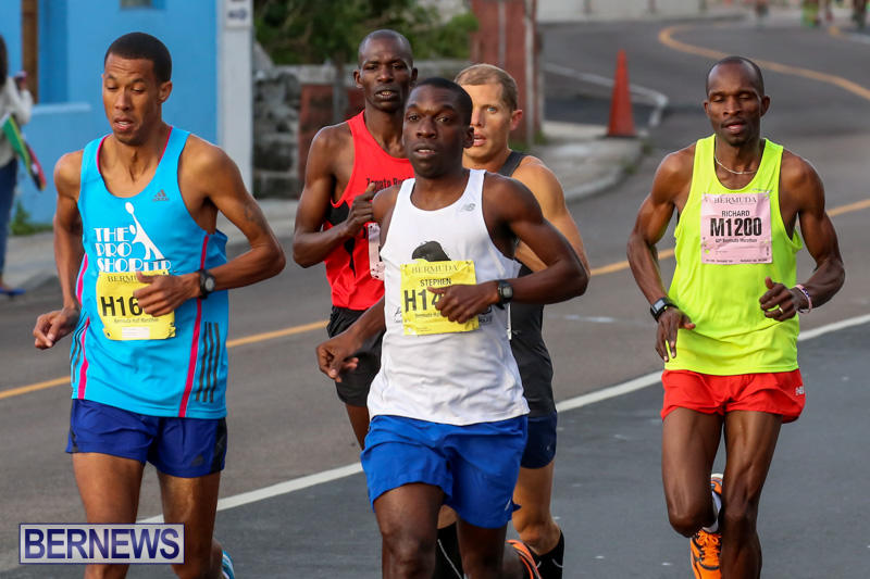 Race-Weekend-Marathon-Start-Bermuda-January-18-2015-7