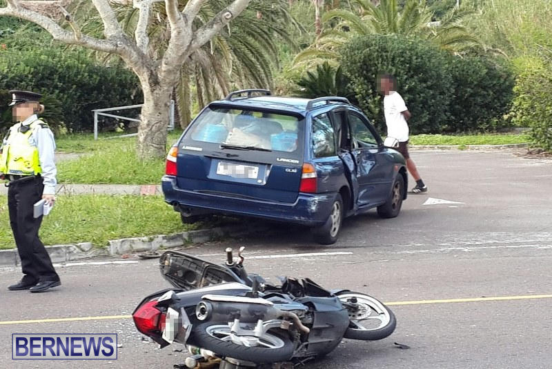 Accident Parsons Road Bermuda, March 25 2015 (5)