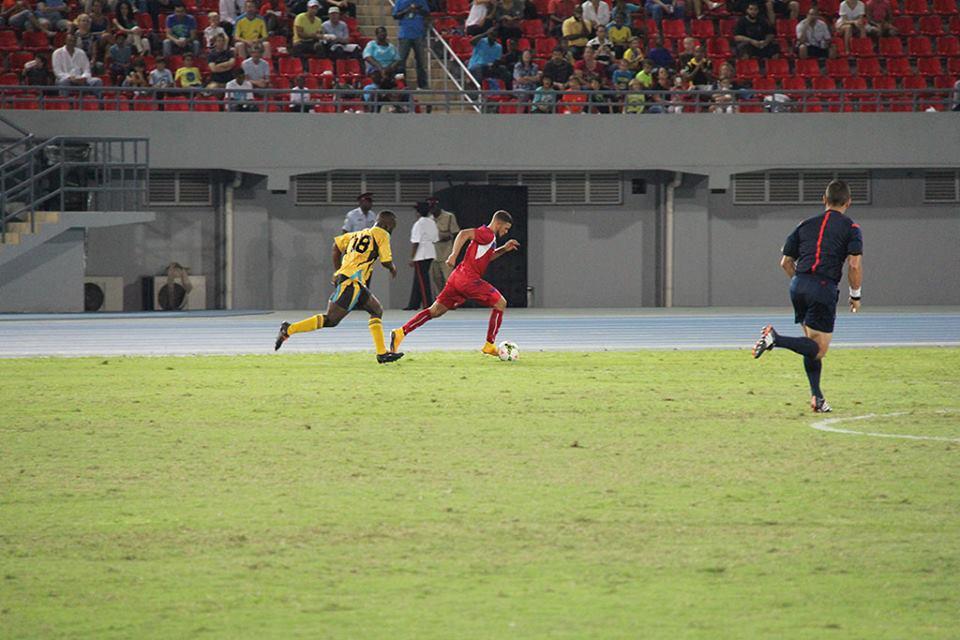 Bermuda-v-Bahamas-football-2015-17