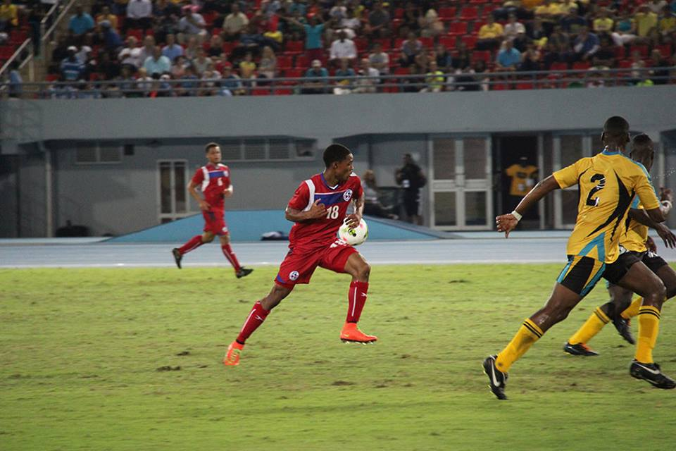 Bermuda-v-Bahamas-football-2015-39