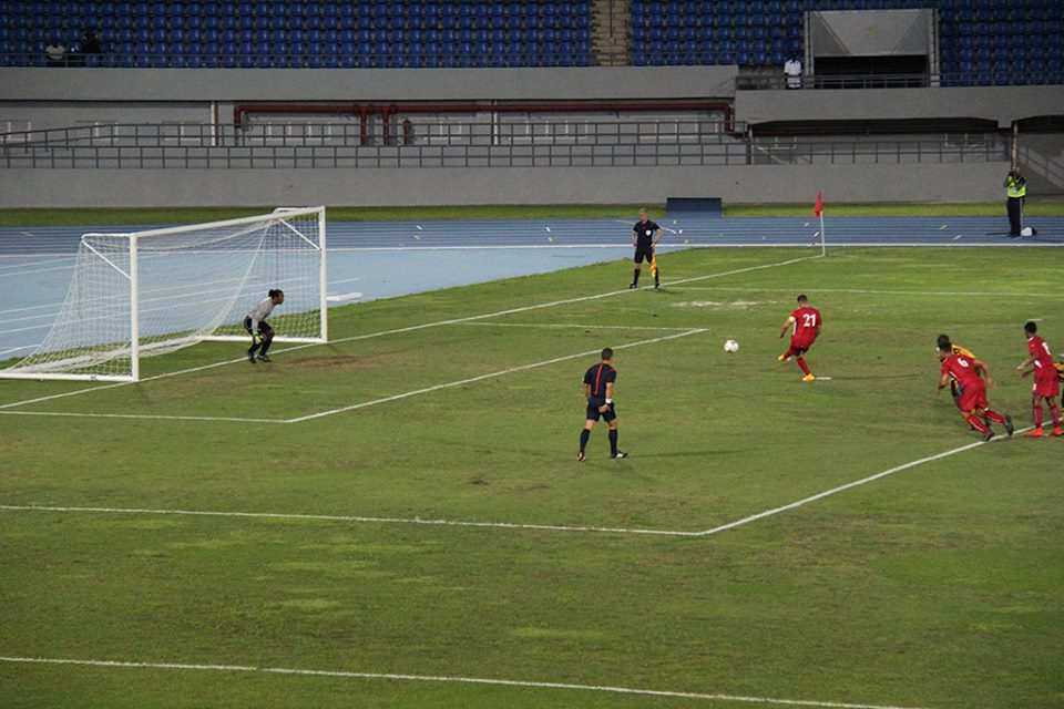 Bermuda-v-Bahamas-football-2015-7