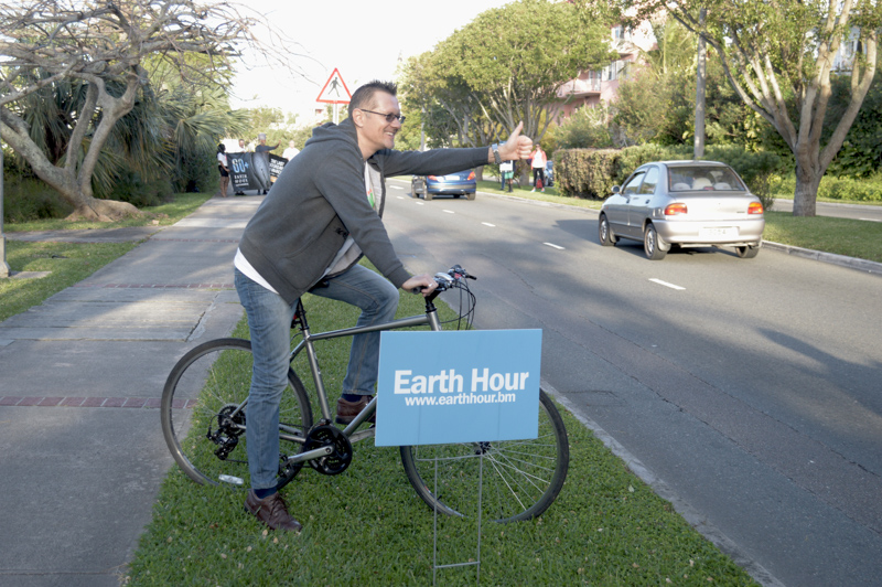 Earth-Hour-East-Broadway-Bermuda-March-27-2015-29