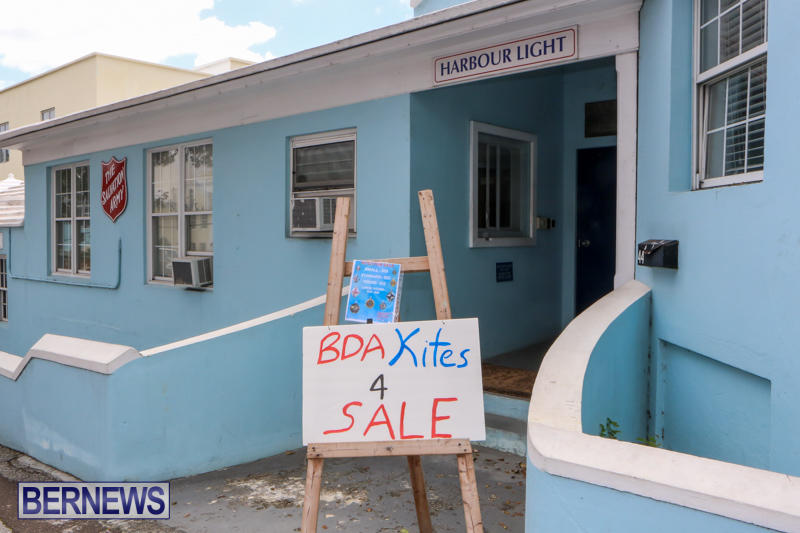 Salvation-Army-Harbour-Light-Kites-Easter-Bermuda-March-30-2015-1
