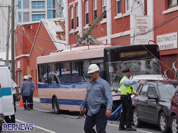 bus-car-crash-2015mar11-3