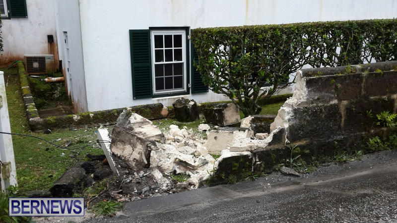 car accident Bermuda March 21 2015 (3)