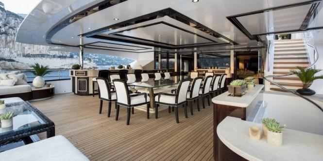Aboard-motor-yacht-Illusion-V-665x333
