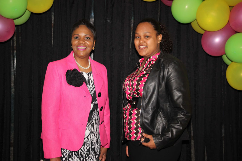 CBA-100-men-and-women-on-campus-2015-April-82