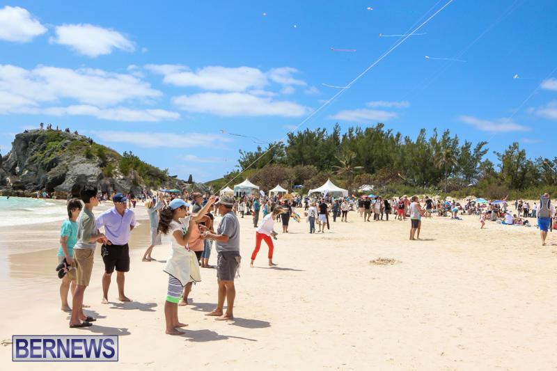 KiteFest-Horseshoe-Bay-Beach-Bermuda-April-3-2015-20