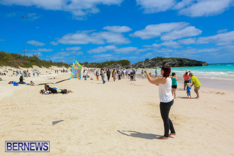 KiteFest-Horseshoe-Bay-Beach-Bermuda-April-3-2015-21