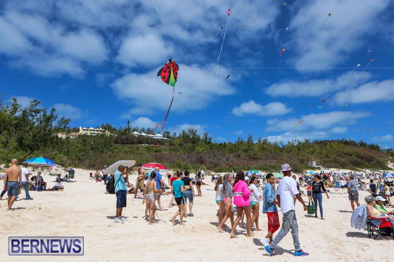 KiteFest-Horseshoe-Bay-Beach-Bermuda-April-3-2015-3