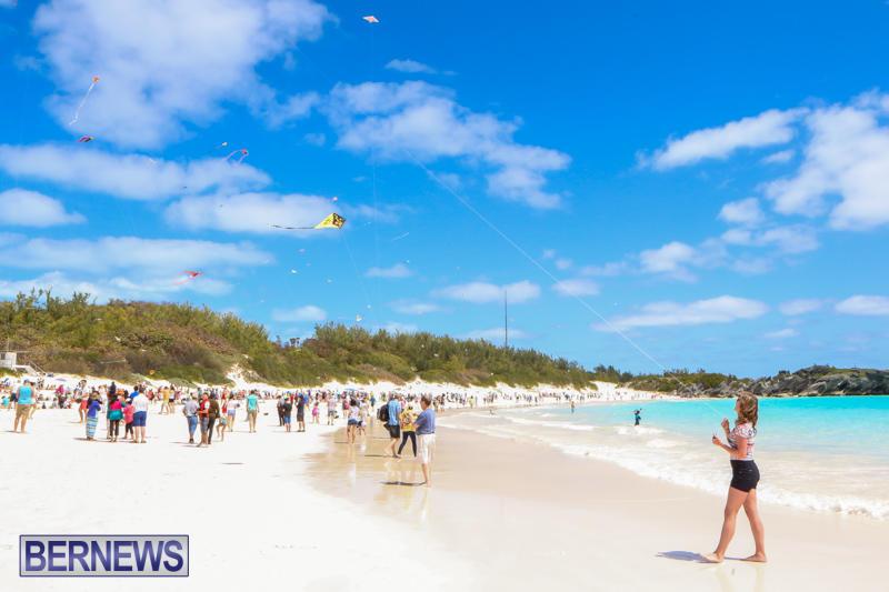 KiteFest-Horseshoe-Bay-Beach-Bermuda-April-3-2015-4