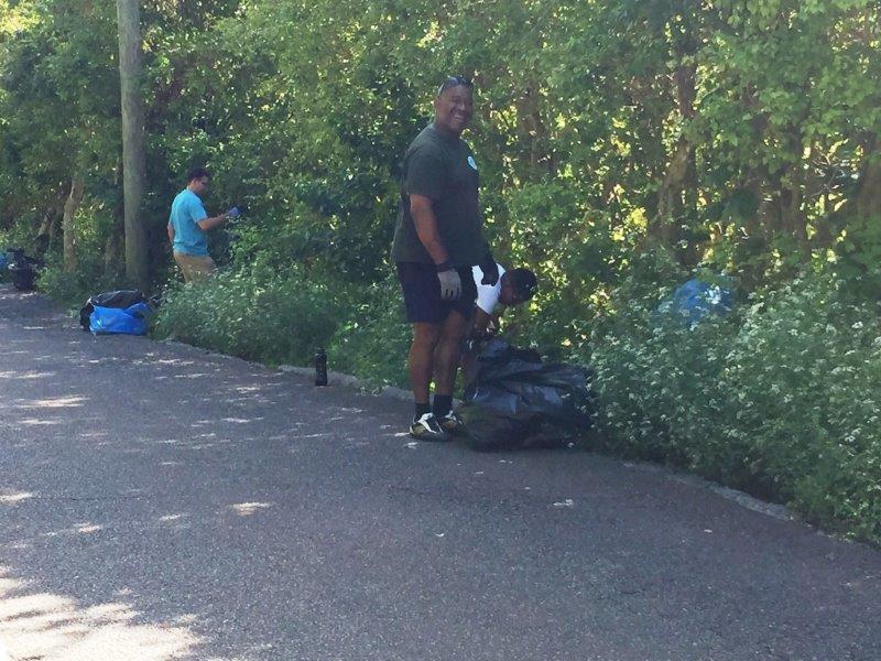 14-Ord-Road-finding-bottles-in-bushes
