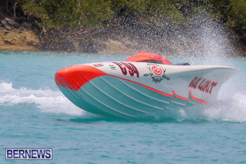 Powerboat-Racing-Bermuda-May-31-2015-11